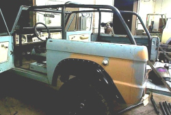 bronco roll cage kit_02