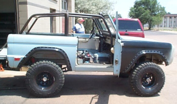 bronco roll cage kit_01